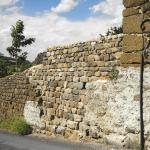 reprisede mur en pierre